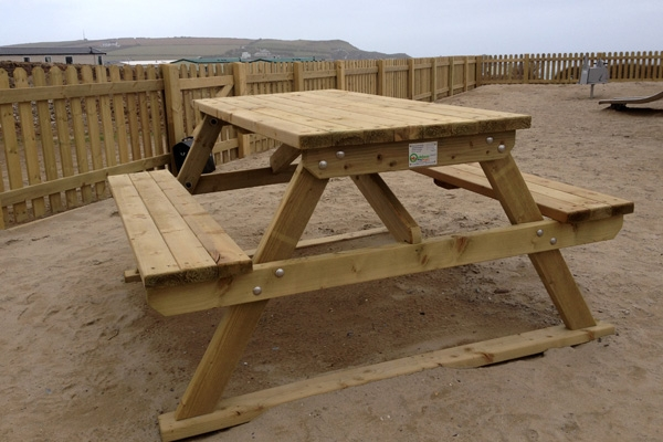 Essex Picnic Bench