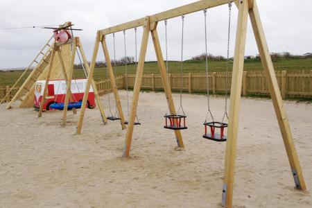 Quad Swing 2 Flat & 2 Cradle Seats